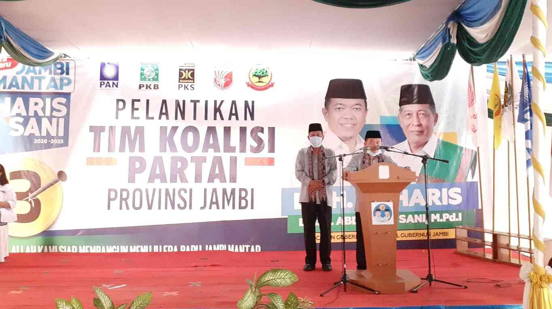 Al Haris-Abdullah Sani saat pengukuhan Tim Koalisi Partai