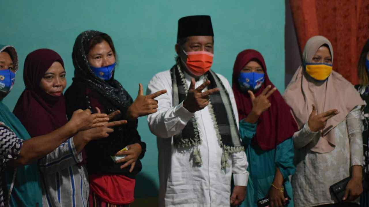 Abdullah Sani saat silautrahmi dengan masyarakat Pemayung