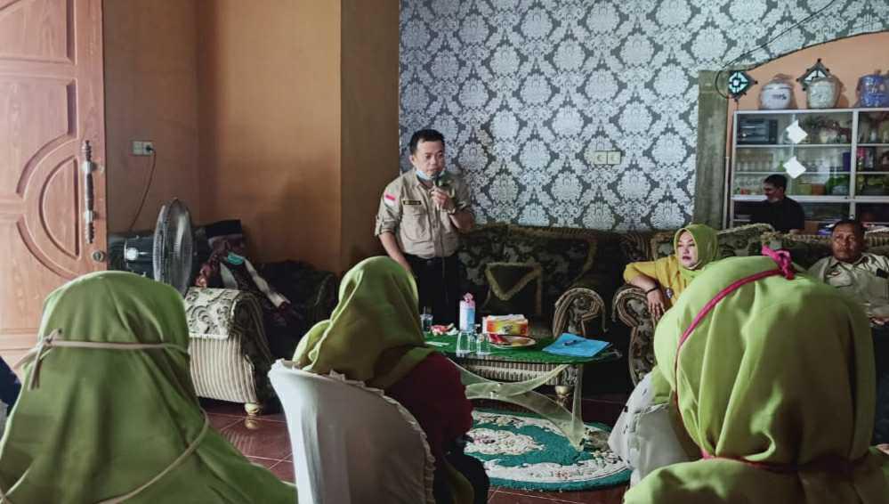 Al Haris bersama Tim Perempuan Pendukung Haris-Sani Muaro Jambi