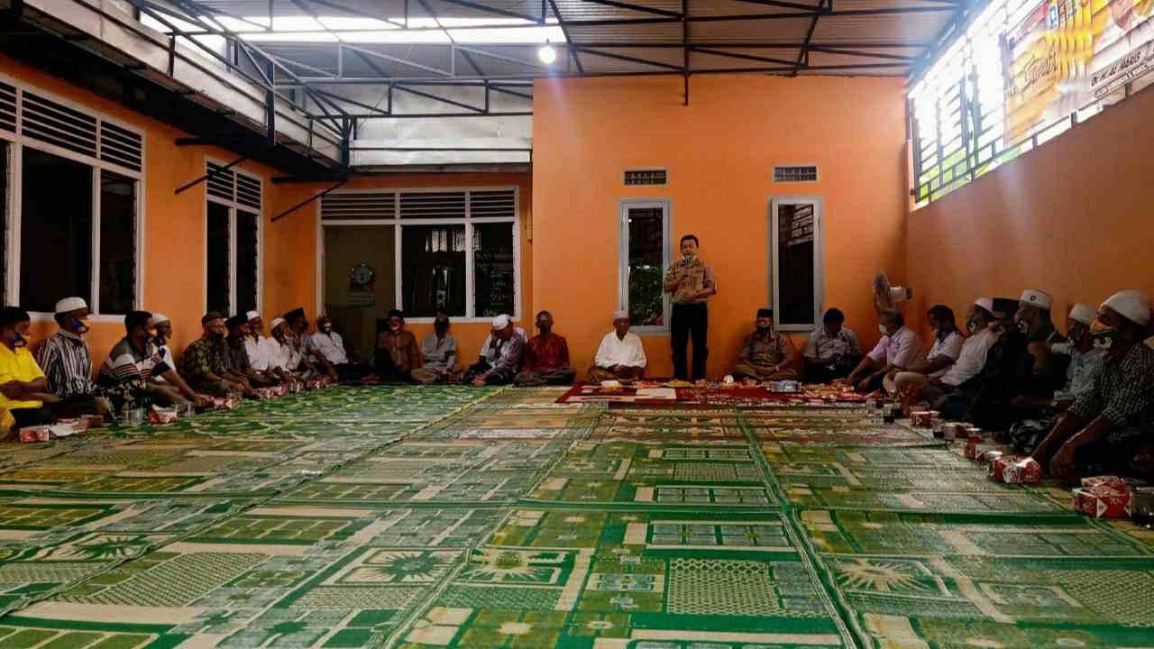 Al Haris saat silaturahmi di kediaman H Ahmad Ma'azis