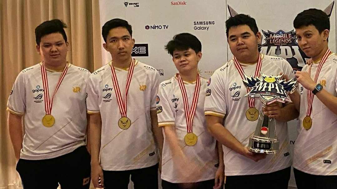 Juara MPL Season 6 RRQ Hoshi