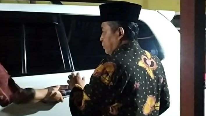 Abdullah Sani saat berangkat ke tempat debat Cawagub Jambi