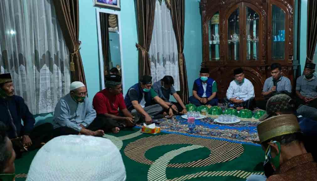 Anggota legeslatif PAN saat dampingi silaturahmi Al Haris di Kecamatan Sadu