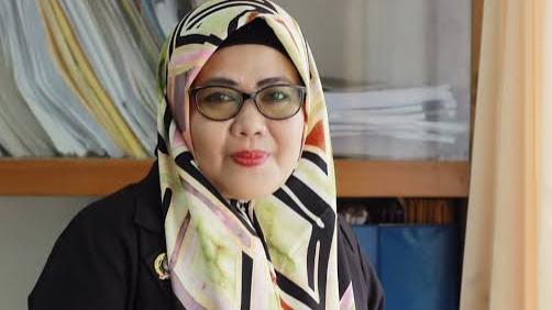 Komisioner KPU Provinsi Jambi Ahdiyenti
