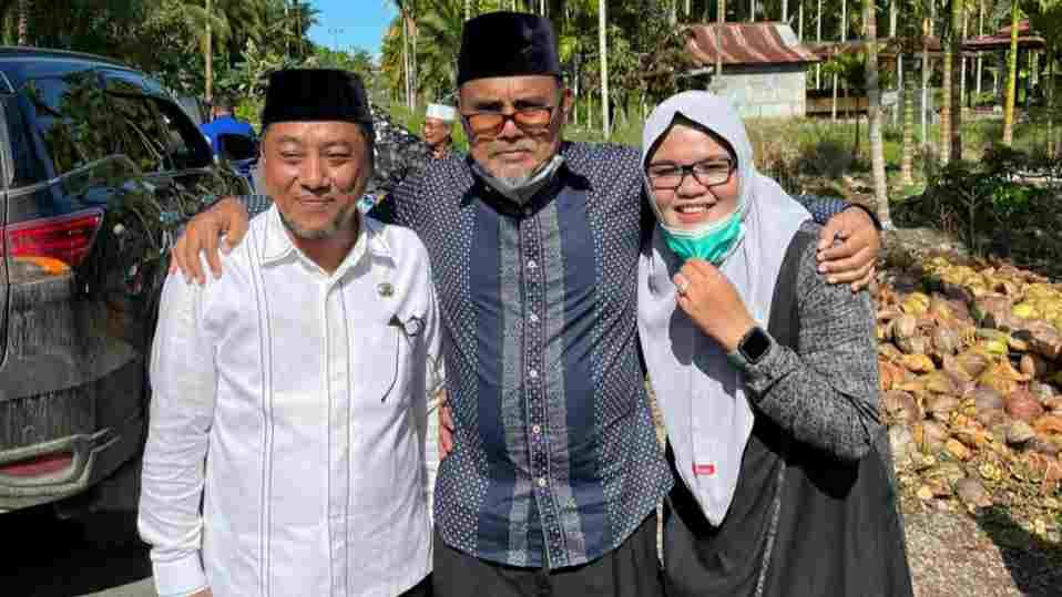 Sapril (kiri), Abdullah Hich dan Dilla Hich