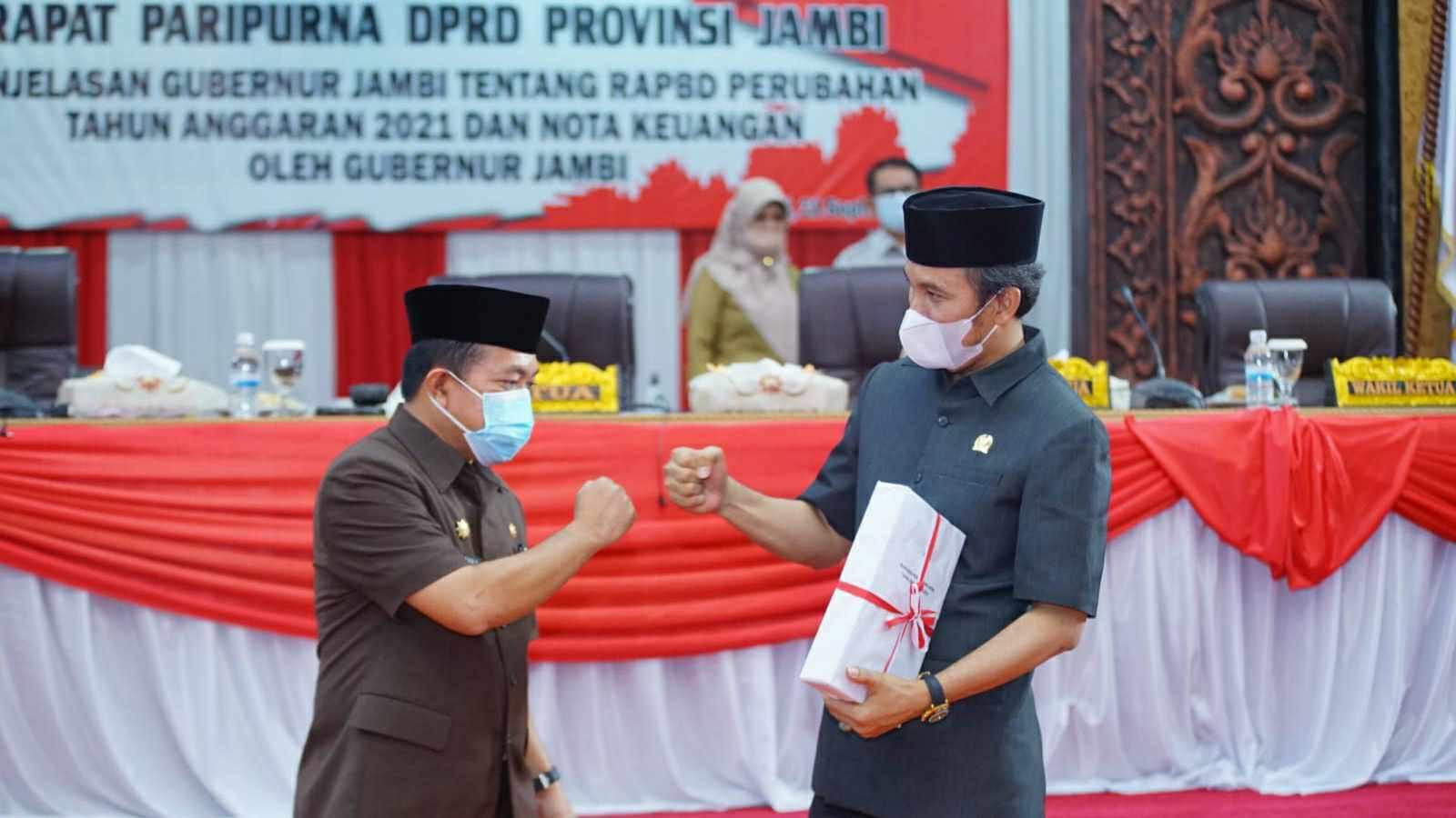 Gubernur Al Haris dan Ketua DPRD Provinsi Jambi  Edi Purwanto