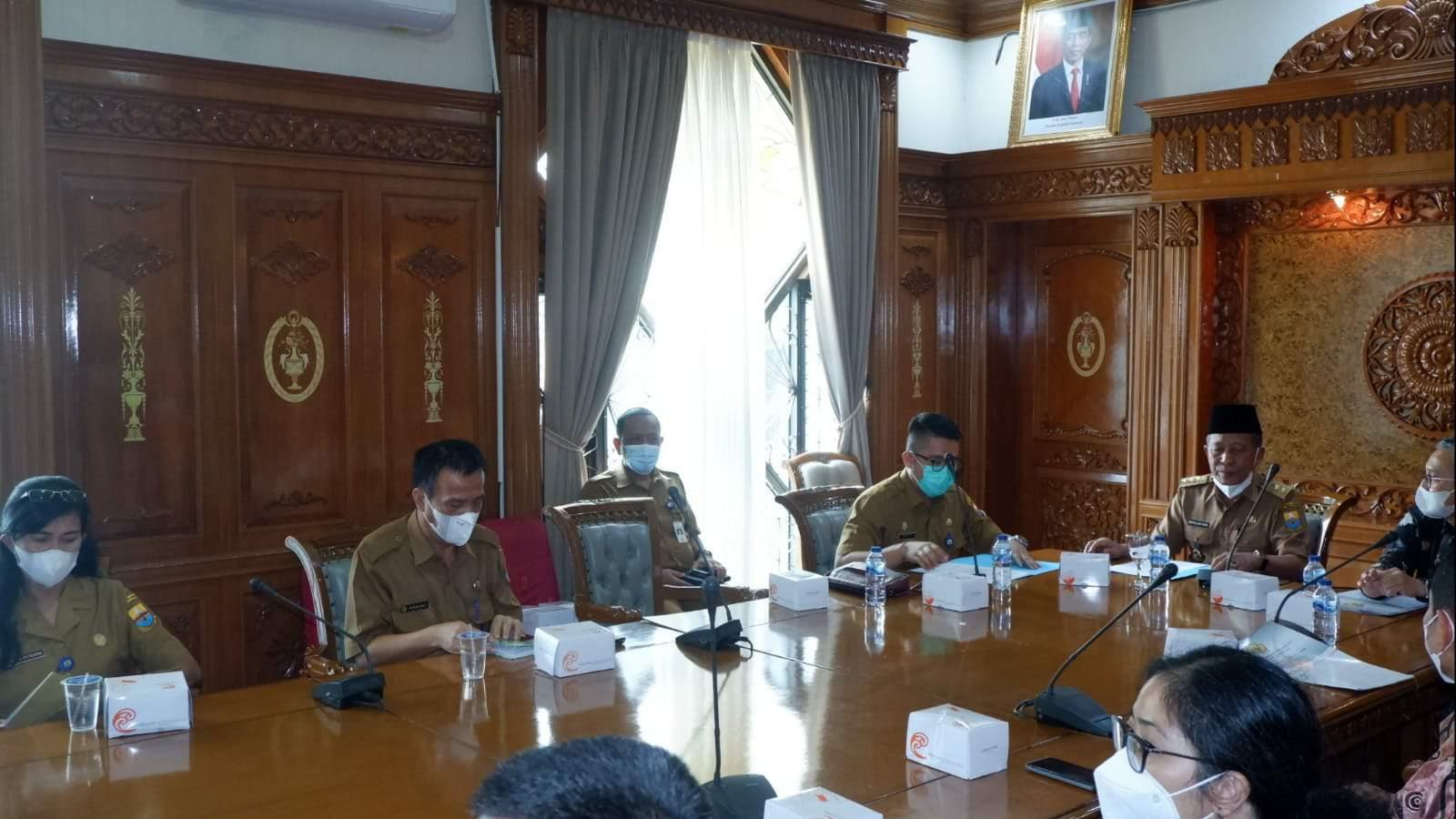 Wagub Abdullah Sani saat pertemuan dengan perwakilan BPK RI