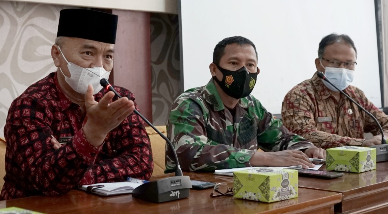 Rapat persiapan HUT RI ke 76 di Pemkab Merangin