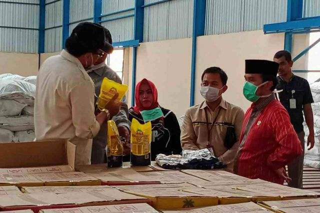 Antisipasi Ketersediaan Pangan Dampak Corona, Ketua DPRD Jambi Sidak ke Gudang Bulog