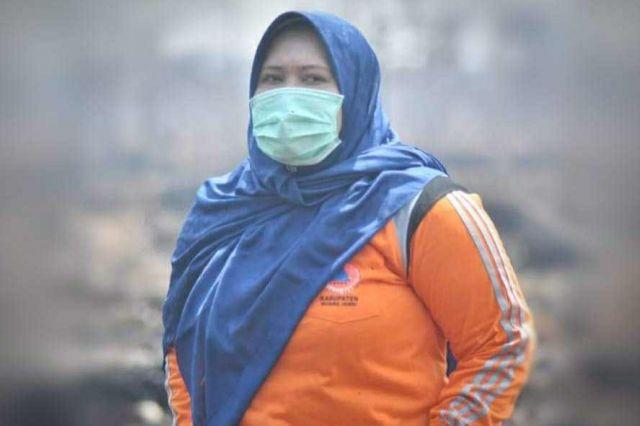 Bupati Masnah Sumbangkan Gaji untuk Penanganan Virus Corona di Muaro Jambi
