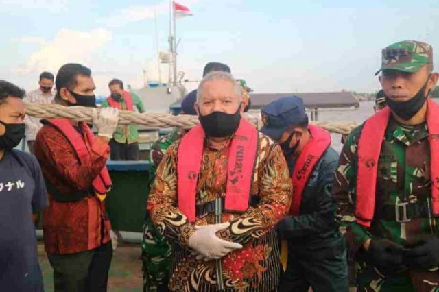 Bupati Safrial Bersama Danlanal Palembang Lakukan Patroli Perairan Kuala Tungkal