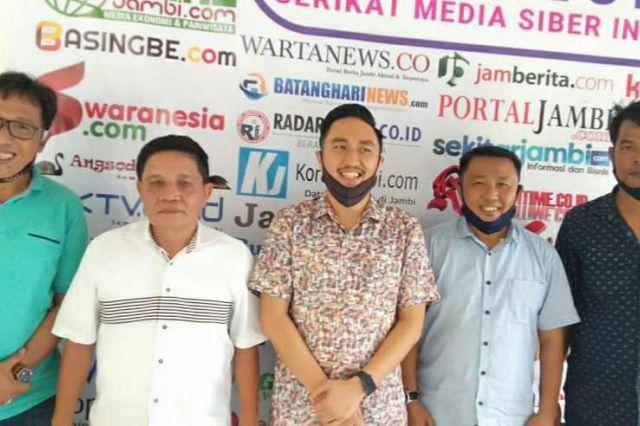 Bangun Sinergitas dengan Media, Fikar-Yos Sambangi Sekretariat SMSI Provinsi Jambi
