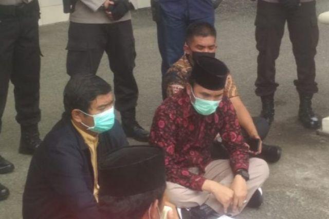 Aksi Unjuk Rasa, Mahasiwa Tolak Orasi Ketua DPRD Provinsi Jambi
