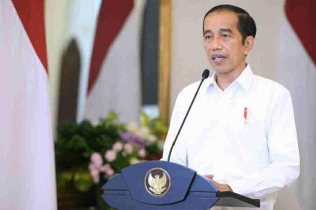 Jokowi: UU Cipta Kerja Tidak Mengurangi Kewenangan Daerah