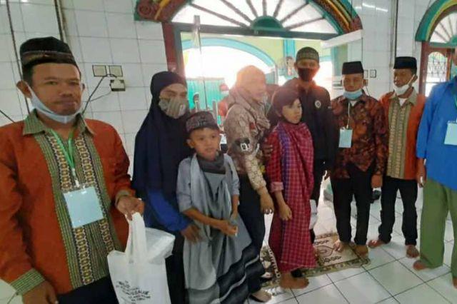 Pengurus Masjid Nurussalam Talang Banjar Gelar Sunatan Massal