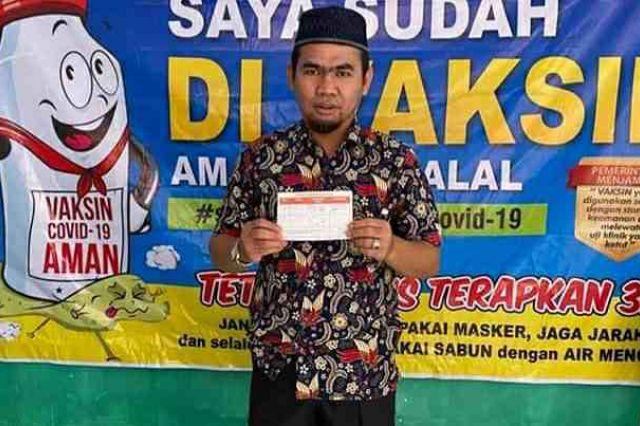 Ketua DPRD Sungai Penuh Divaksin Dosis Kedua