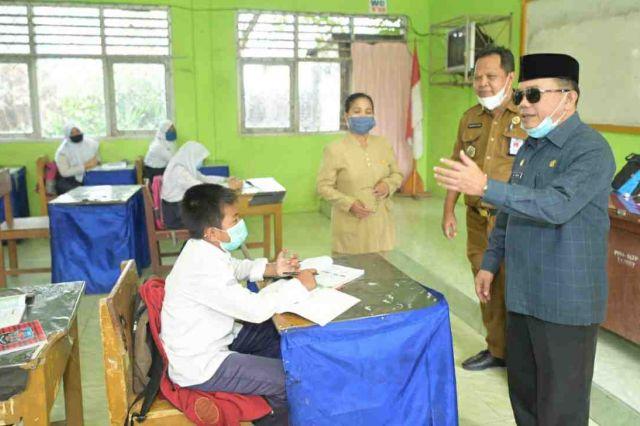 Bupati Al Haris Tak Rela Pendidikan Turun karena Covid-19
