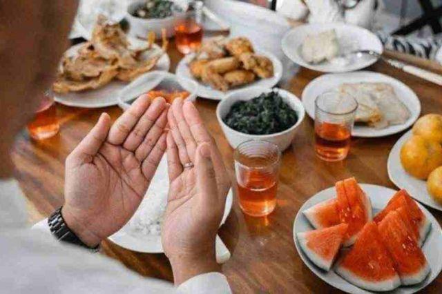 Manfaat Makanan Manis saat Berbuka Puasa