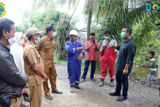 Bupati Romi Tinjau Pembangunan Jalan CSR PetroChina