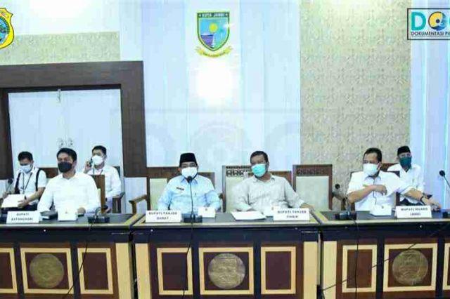 Bupati Tanjab Timur Hadiri Rapat Batas Daerah