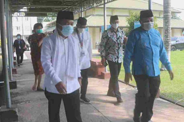 Antisipasi Lonjakan Kasus Covid-19, Gubernur Al Haris Siapakan Asrama Haji Jadi Lokasi Isolasi