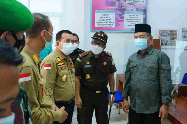 Percepat Penanganan Covid-19, Gubernur Al Haris Serahkan Alat PCR ke Labkesda Merangin