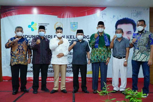 Gubernur Al Haris Targetkan 70 Persen Warga Jambi Divaksin pada Desember