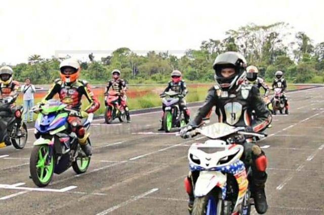 Pembalap Kejurnas Asal Jambi Lakukan Persiapan Latihan di Sirkuit Zabaq Tanjab Timur