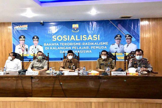 Kesbangpol Provinsi Jambi Sosialisasikan Bahaya Terorisme-Radikalisme di Kalangan Pelajar, Pemuda dan Mahasiswa