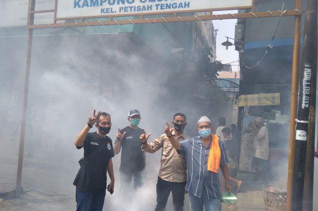 Warga Kampung Sejahtera Kena DBD, Re-Born Turunkan Tim Lakukan Fogging Yang Mendapat Apresiasi Warga