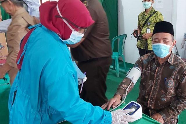 Mashuri: Pandemi Corona, Lansia Butuh Perhatian Serius