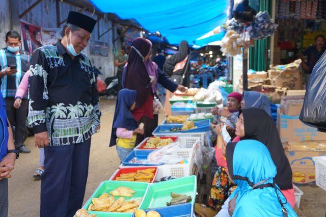 Sapa Pedagang di Tebo, Abdullah Sani Blusukan ke Pasar Sarinah Rimbo Bujang