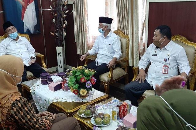 Kunjungi Merangin, Iqbal Bastari Tertarik Program PPPA Merangin
