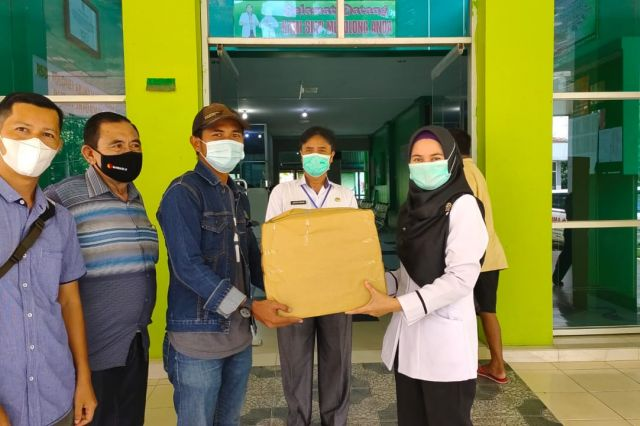 Rangkaian Kegiatan  HPN ke-36, PWM Serahkan APD ke RSD Bangko