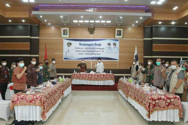 Pj Gubernur Jambi Dorong Penanganan Ekstra di Zona Merah Covid-19