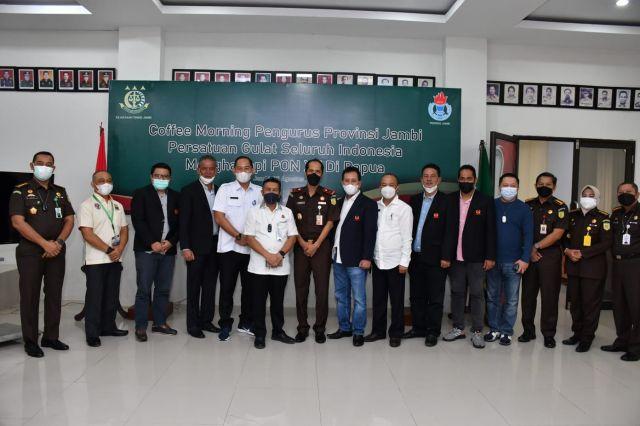 Coffe Morning dengan PGSI Jambi, Kajati Jambi: Semoga Behasil Raih Medali di PON Papua