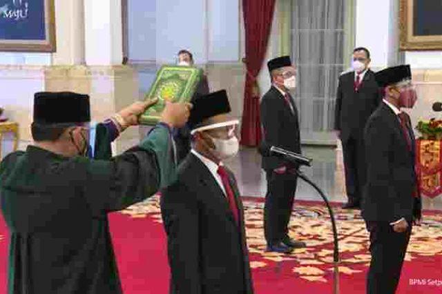 Jokowi Lantik Bahlil Lahadalia Sebagai Menteri BKPM dan Nadiem Makarim Sebagai Mendikbudristek