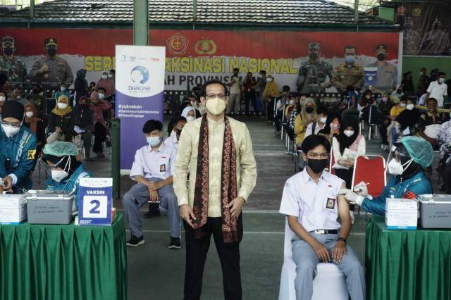 Danone Indonesia Bersama Kemendikbudristek Dukung Percepatan Vaksinasi PTK dan Peserta Didik