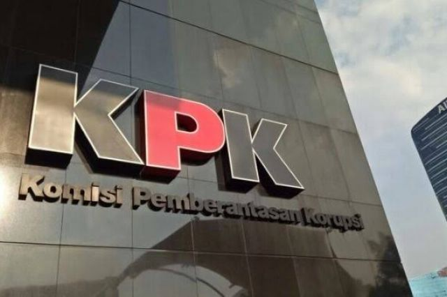 Masa Penahanan Tiga Eks Pimpinan DPRD Provinsi Jambi Diperpanjang KPK