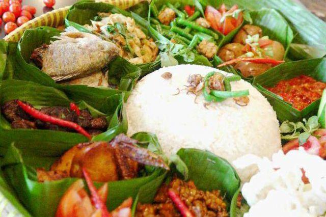 """Swiss-Belhotel Jambi Luncurkan Paket Kuliner Baru """"Nasi Bancakan"""""""